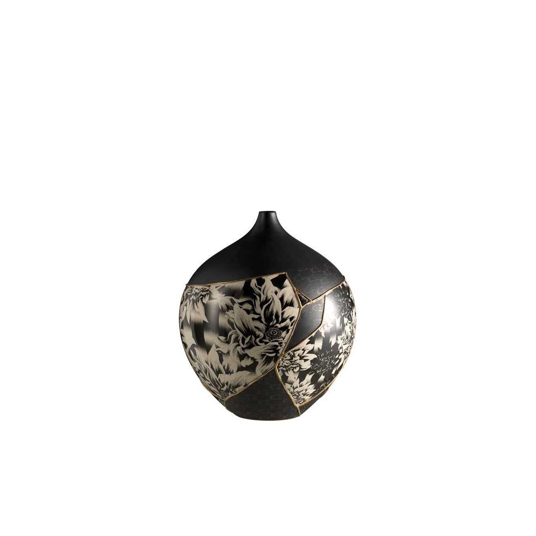 TAMASHI Round Vase